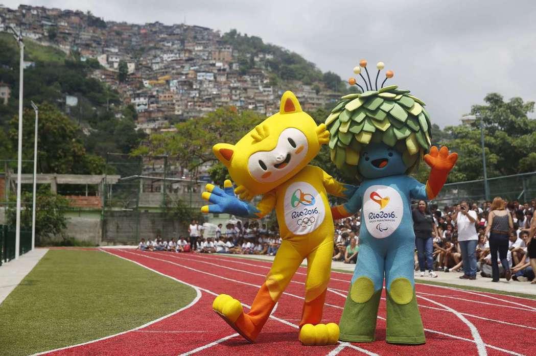 巴西里約奧運吉祥物維尼修斯(左)及帕運吉祥物湯姆(右),兩個吉祥物分別代表了巴西...