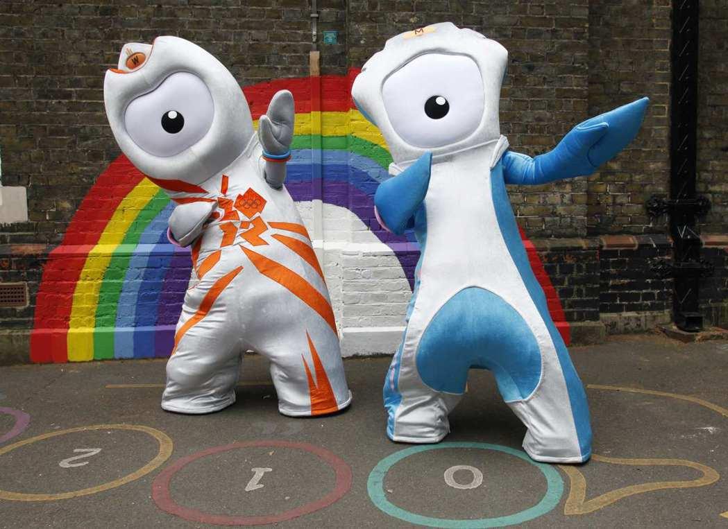 英國倫敦奧運吉祥物溫洛克。 路透