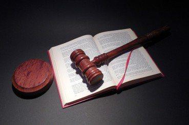 司法院裡的工具人:替代役有能力替法官草擬判決嗎?