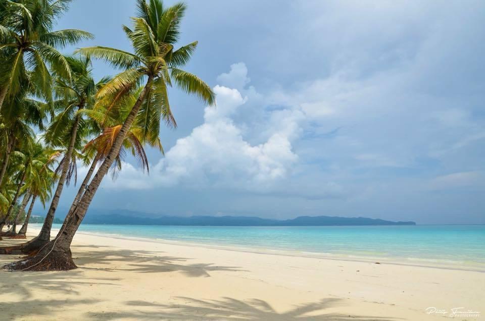 準備開島!歷經3個月 菲律賓長灘島美麗白沙灘重現