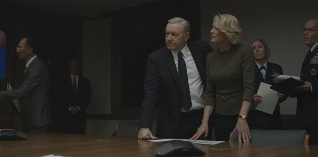 「紙牌屋」至今未獲艾美獎最佳戲劇影集與帝、后大獎。圖/摘自imdb