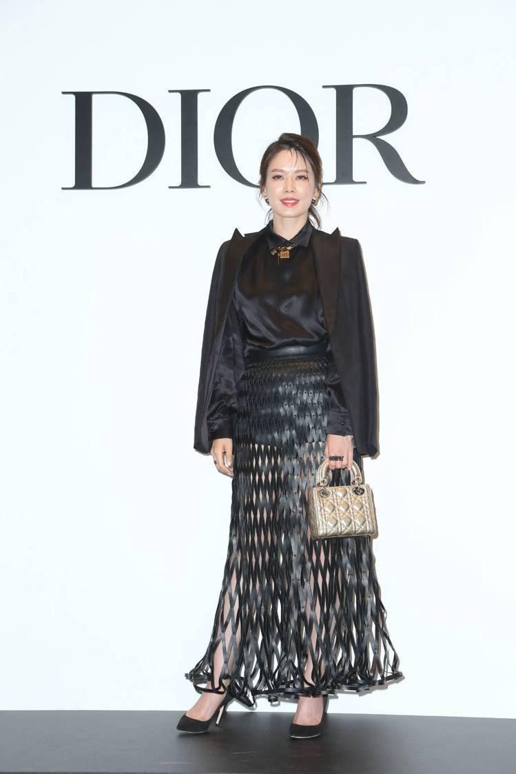 Melody以鏤空皮革裙裝出席Dior開幕派對。圖/記者陳立凱攝影