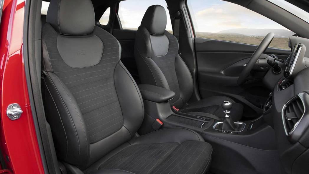 Hyundai i30 N Line配置運動化座椅。 摘自Hyundai
