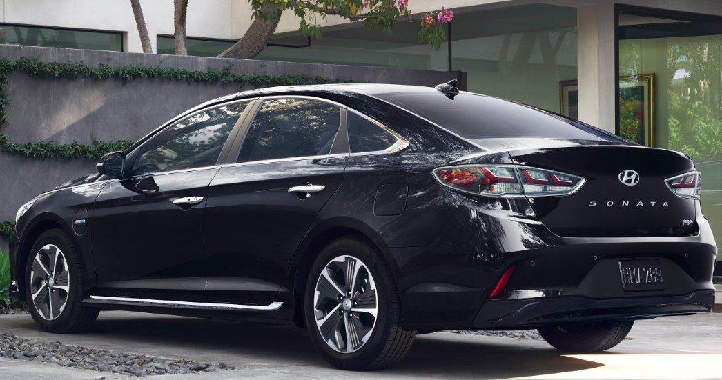 圖為Hyundai Sonata PHEV。 Hyundai提供