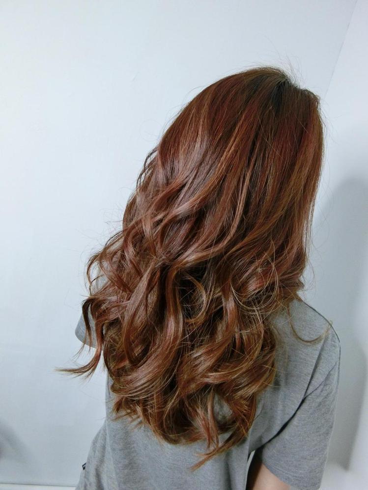 髮型創作/Rainie 芮妮。圖/StyleMap提供