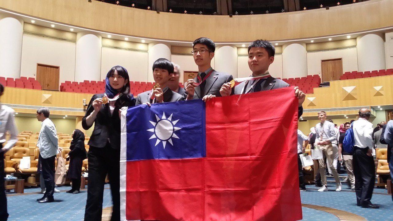 我國參加2018年第29屆國際生物奧林匹亞競賽於7月22日自伊朗德黑蘭傳回捷報,...