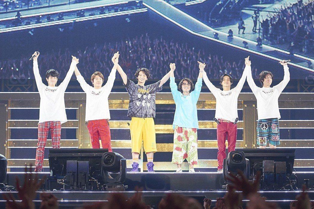關8在日本的五大巨蛋巡演日前開跑。圖/東風衛星、大鴻藝術提供