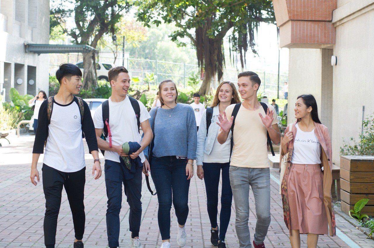 靜宜大學創設學生輔導及國際生學伴制度,打造國際化的學習環境,勇奪教育部「學海計畫...