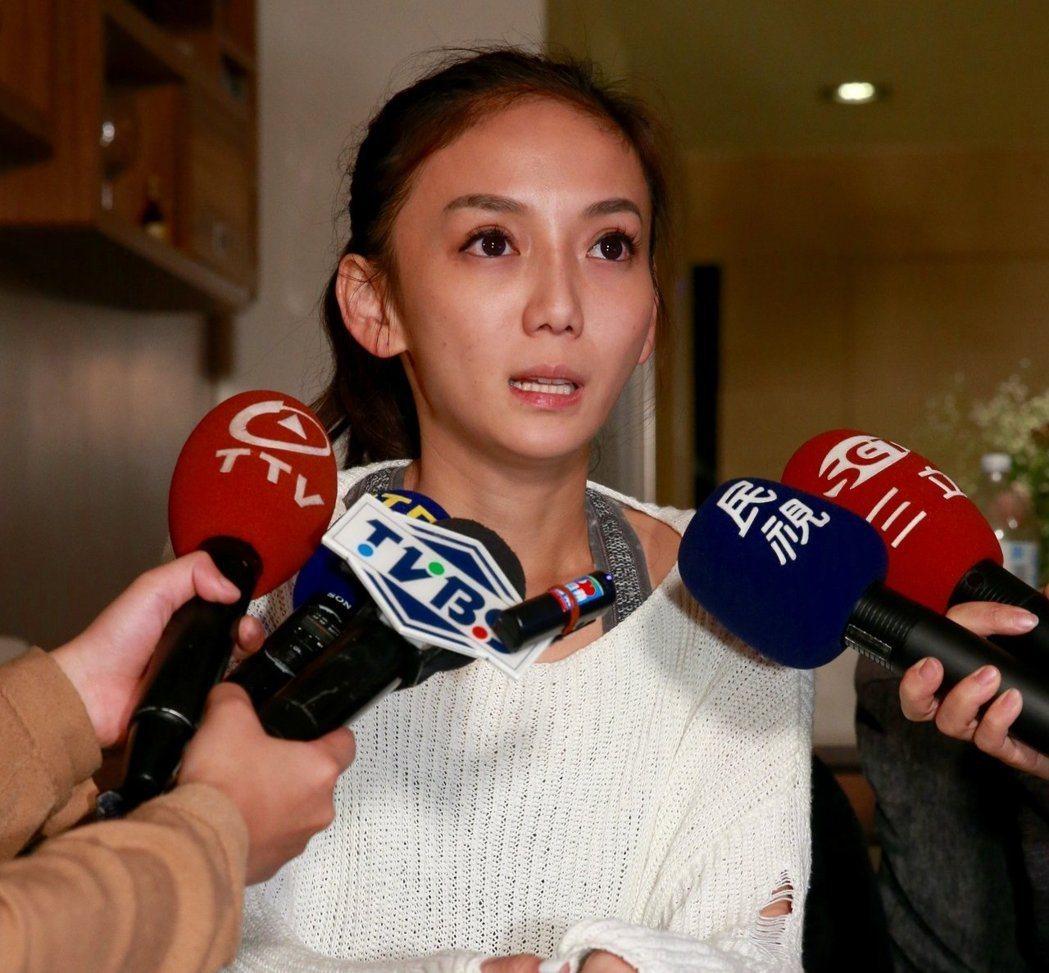 有「太陽花女王」封號的劉喬安(現改名劉依函),涉偽證遭台北地院判刑3月,不得易科...