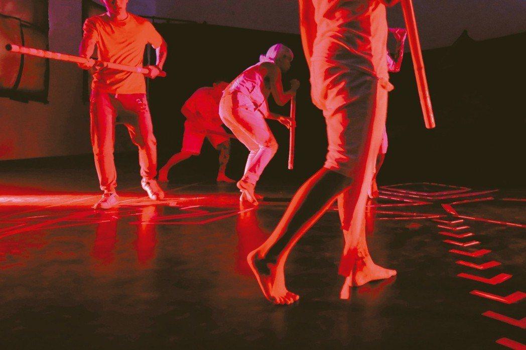 舞蹈劇場-差事劇團。 圖/台灣好基金會、盧德真