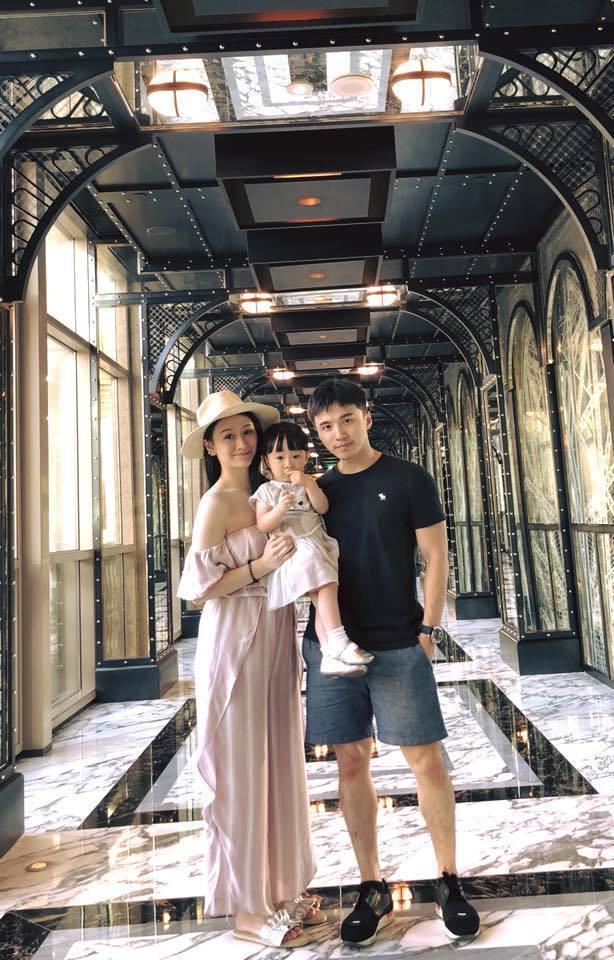 阿緯結婚兩週年一家出遊慶祝。 圖/擷自阿緯臉書