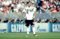 德國的雙重標準:不滿歧視,厄齊爾宣布「退出德國隊」(聲明全文)