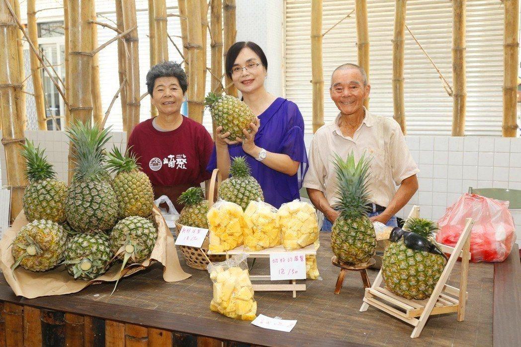 80歲資深農民黃大陣是龍崎最知名的「旺萊伯」。 記者吳淑玲/翻攝