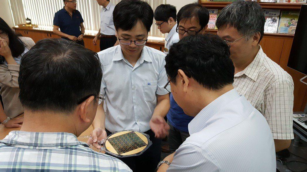 環球晶圓股份有限公司研發成果驗收。 竹科管理局/提供