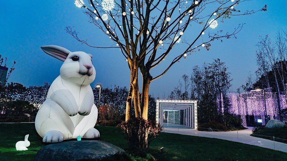 ▲首爾夜景-宇宙星光花園。(圖/Tripbaa趣吧!亞洲自由行專家)