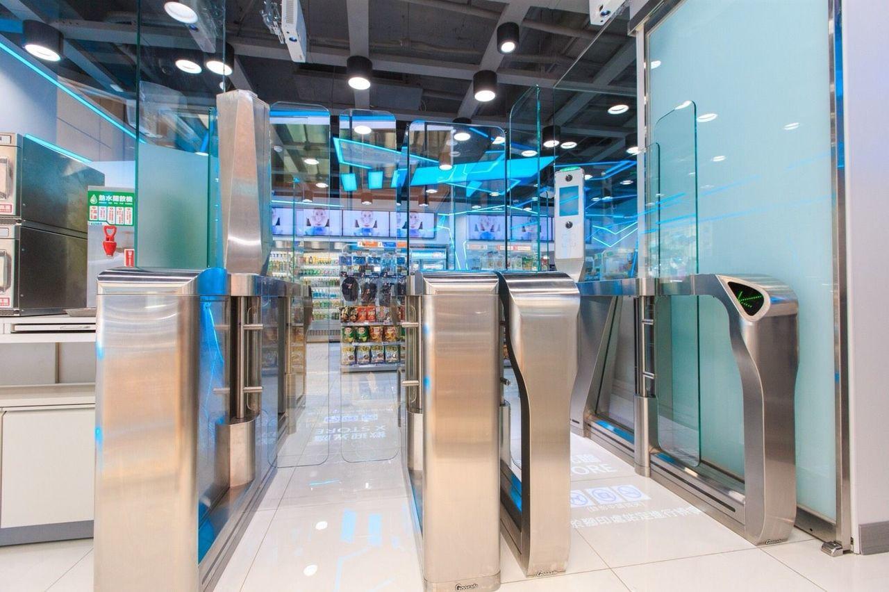 NEC運用最尖端AI與IoT技術持續推動新一代店面事業,為提高零售業服務品質與工...