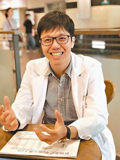 嘉基腸胃肝膽科主治醫師陳柏岳說,雲嘉嘉地區B肝、C肝患者比例高,可能是病識感低、...