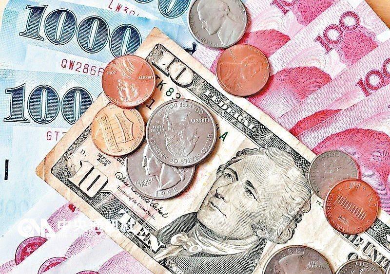 美元活存帳戶餘額超過起息點,銀行才會按牌告利率計息。 圖/聯合報系資料照片