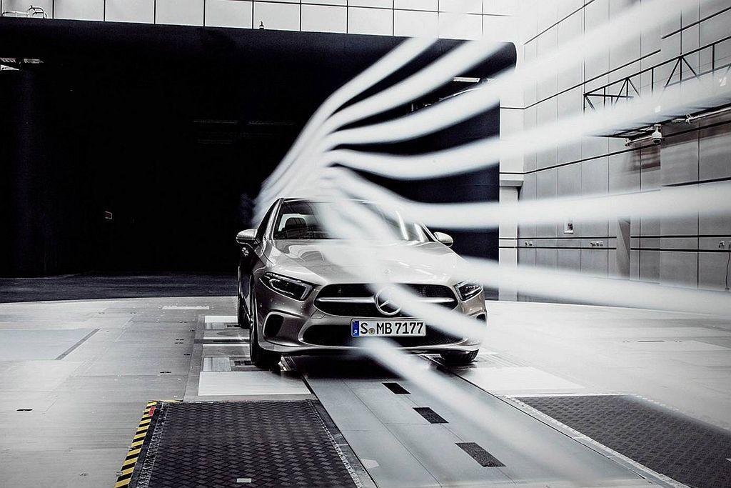 經過風洞測試賓士A-Class Sedan的風阻係數僅有0.22Cd,傲視全球量產房車。 圖/Mercedes-Benz提供