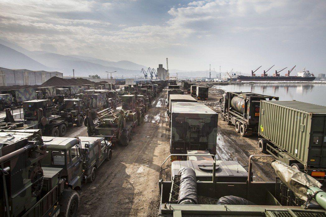 為了強調協防價值,中東歐國家陸續向美國採買昂貴的武器,像是羅馬尼亞去年訂購要價3...