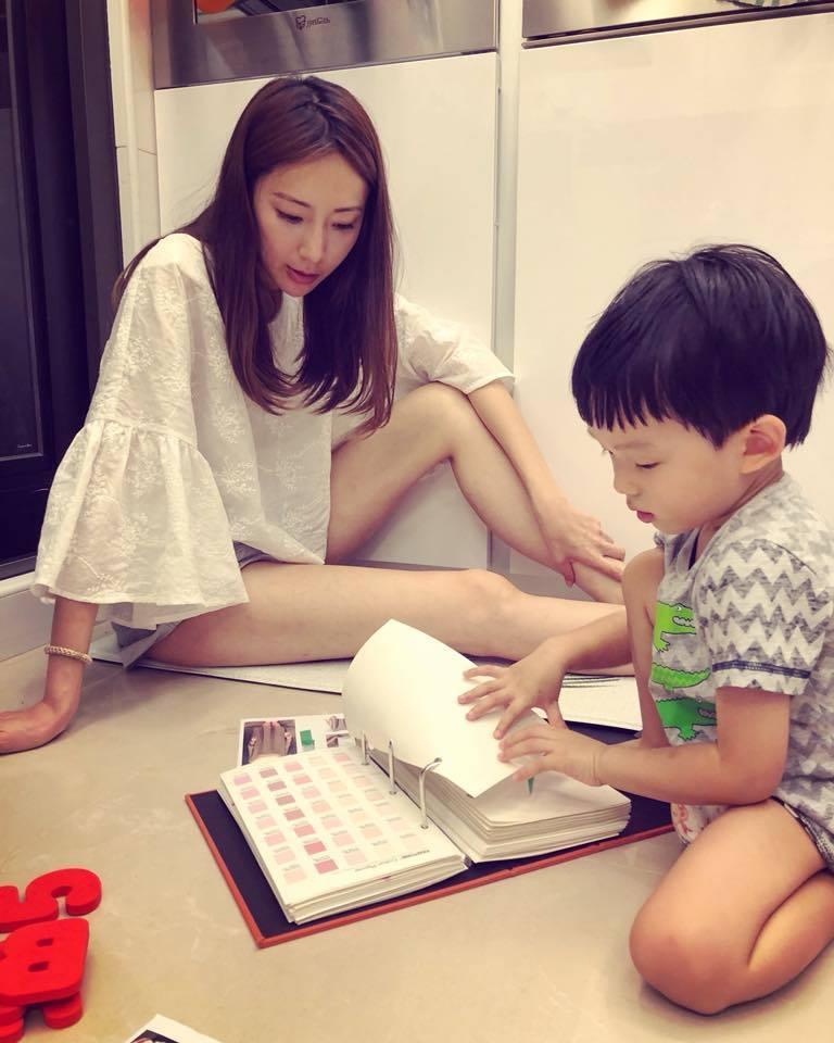 隋棠對兒子Max遲遲無法戒尿布感到頭大。圖/摘自臉書