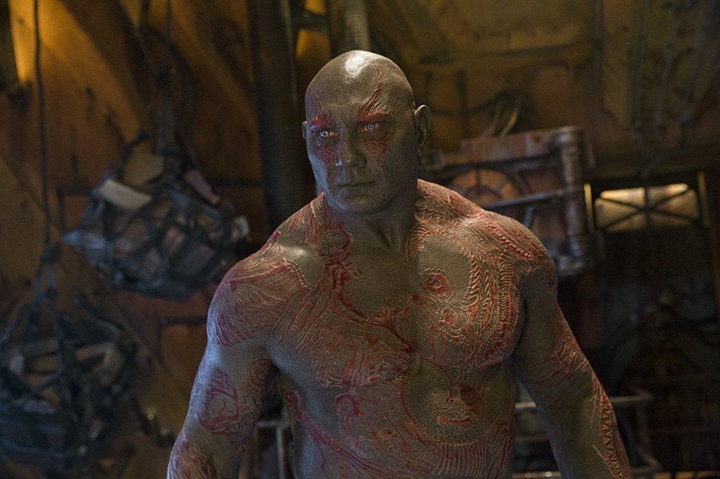 扮演毀滅者德克斯的戴夫巴蒂斯塔不滿意導演被開除。圖/摘自imdb