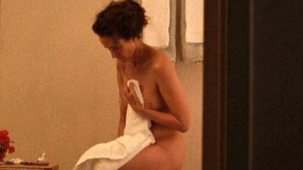 安蒂麥道威爾在新片中有裸露鏡頭。圖/摘自krone.at