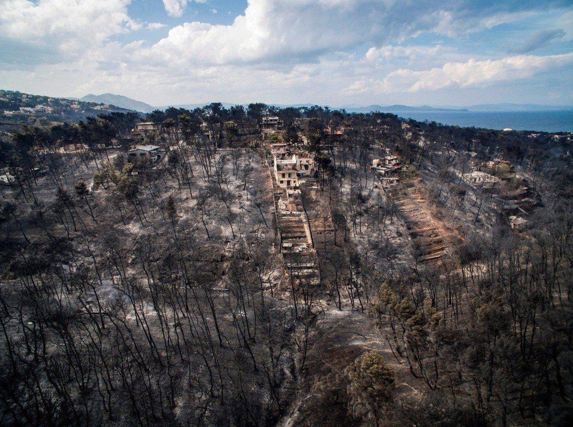 災後的馬蒂村。 圖/法新社