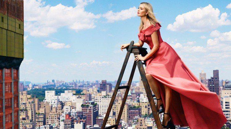 身高180的伊凡卡川普曾是模特兒,也曾登上美國時尚雜誌Harpers Bazaa...