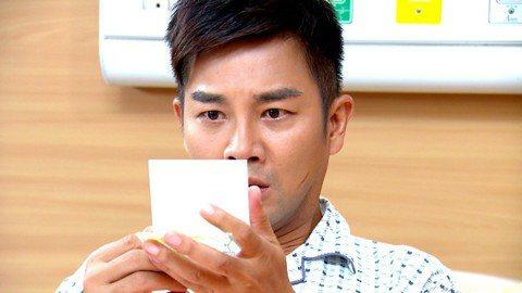 三立台八「金家好媳婦」最近上演靈魂交換戲碼,被網友罵翻稱看不下去,認為該劇像拍「戲說台灣」。對此三立回應認為是以趣味的方式呈現,主題還是探討真愛的議題。借電影梗的本土劇不少,先前「台灣霹靂火」就上演...