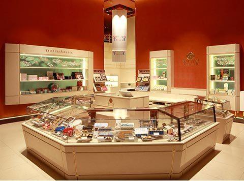 SHISEIDO PARLOUR銀座總店一樓店內陳設。圖/摘自資生堂官網