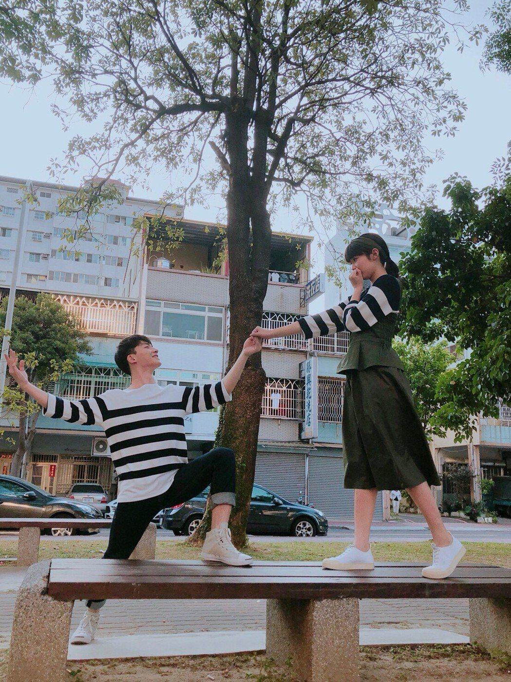 張洛偍(左)與宇宙的搭檔受到觀眾喜愛。圖/周子娛樂提供
