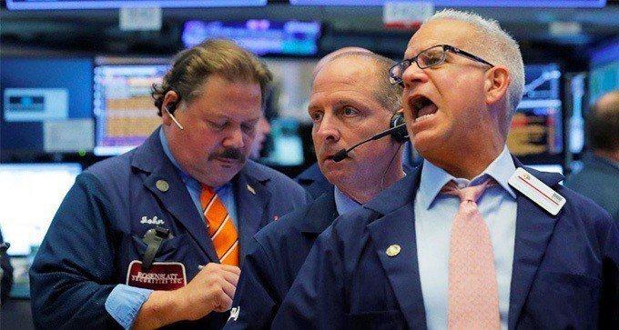 美股受歐美貿易衝突緩解消息激勵,三大指數全面上揚。  路透