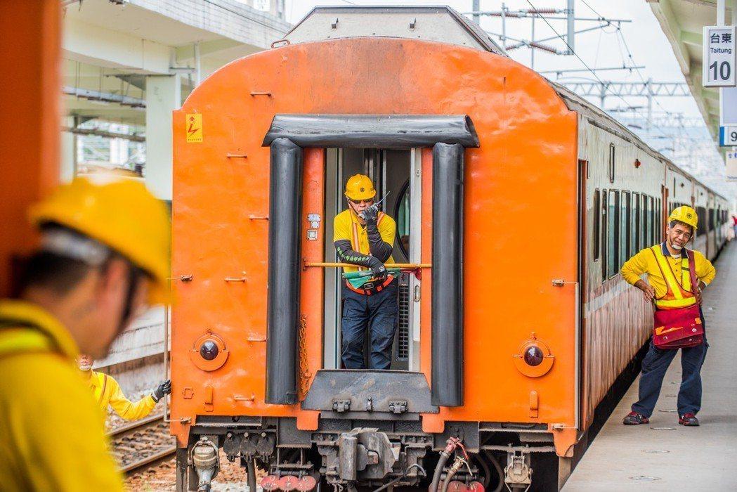 圖/台鐵局提供、江佳勳攝影