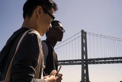 無校園大學Minerv讓學生4年在全世界7個不同城市居住學習、大量的線上學習課程...