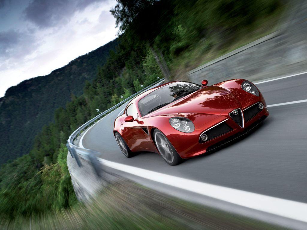 Alfa Romeo 8C Competizione。 摘自Alfa Romeo