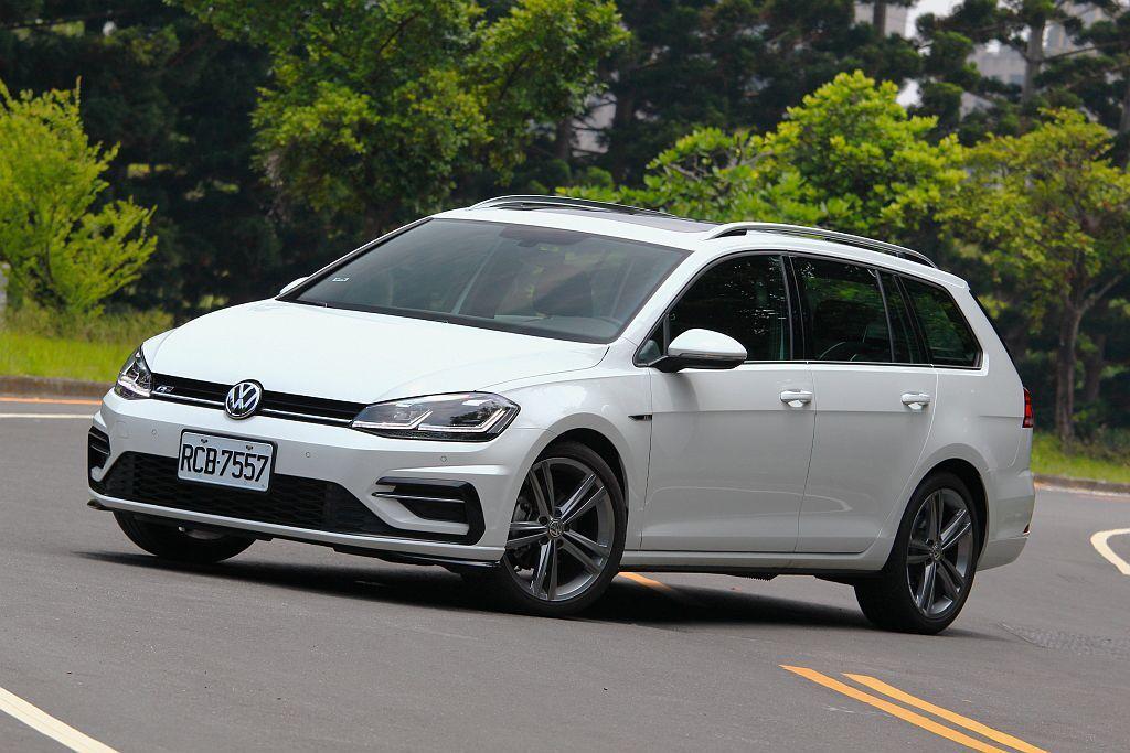 福斯Golf Variant兩車型都將MSB模組化安全駕駛系統列為標配。 記者張...