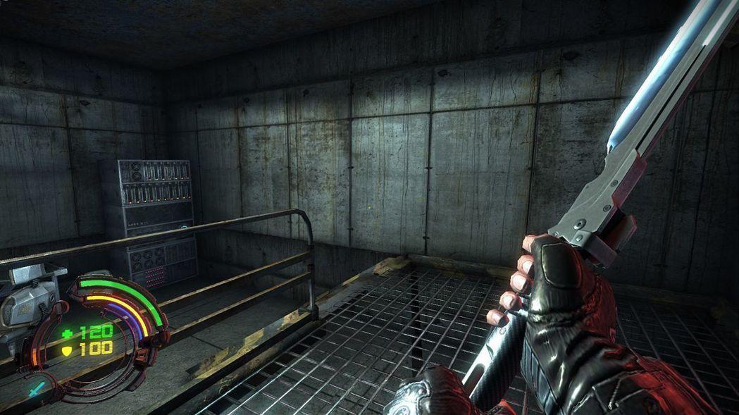 ▲用來近戰的電漿刀算是遊戲小驚喜之一,可惜無法進行任何升級。