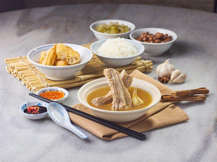 黃亞細肉骨茶台灣分店提供3款人氣套餐供選擇。圖/和興餐飲集團提供