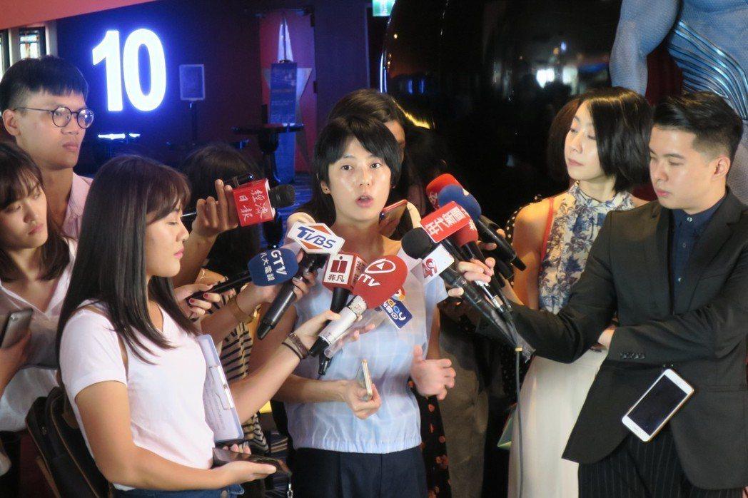美麗華影城新任發言人簡驛懿宣布重新營業相關資訊。記者蘇詠智/攝影