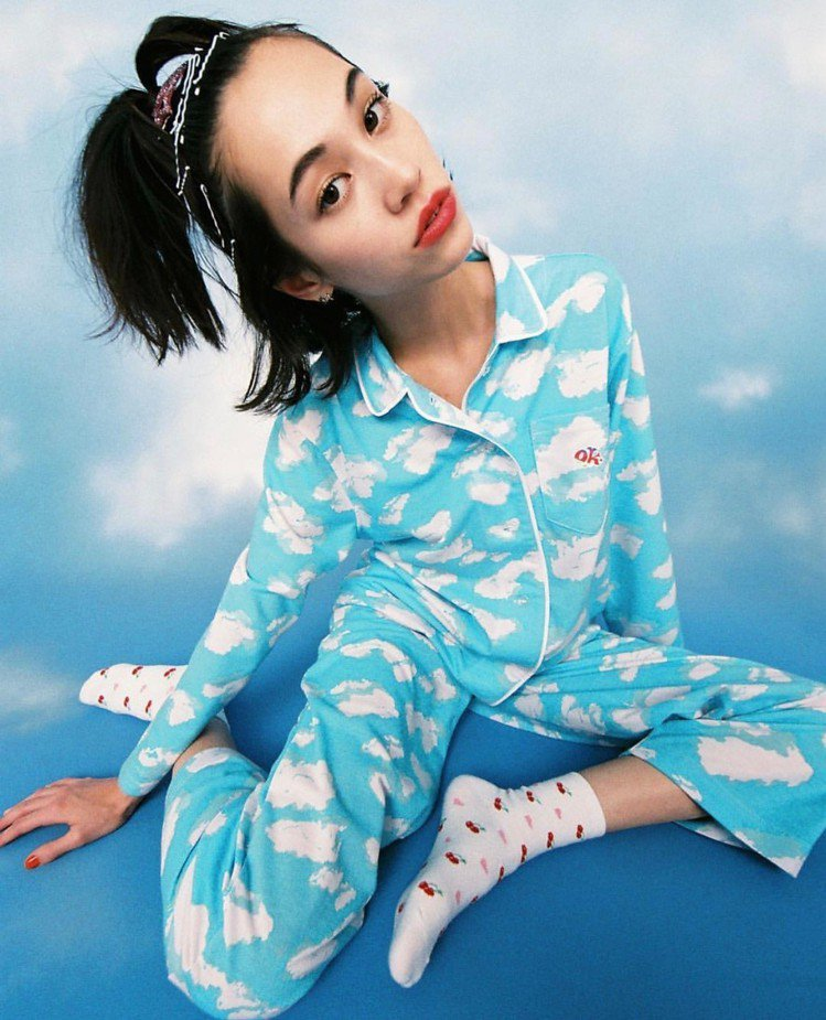 水原希子「OK台北快閃店」將呈現日本最受歡迎的家居系列,包括拖鞋、毛巾、睡衣、寢...