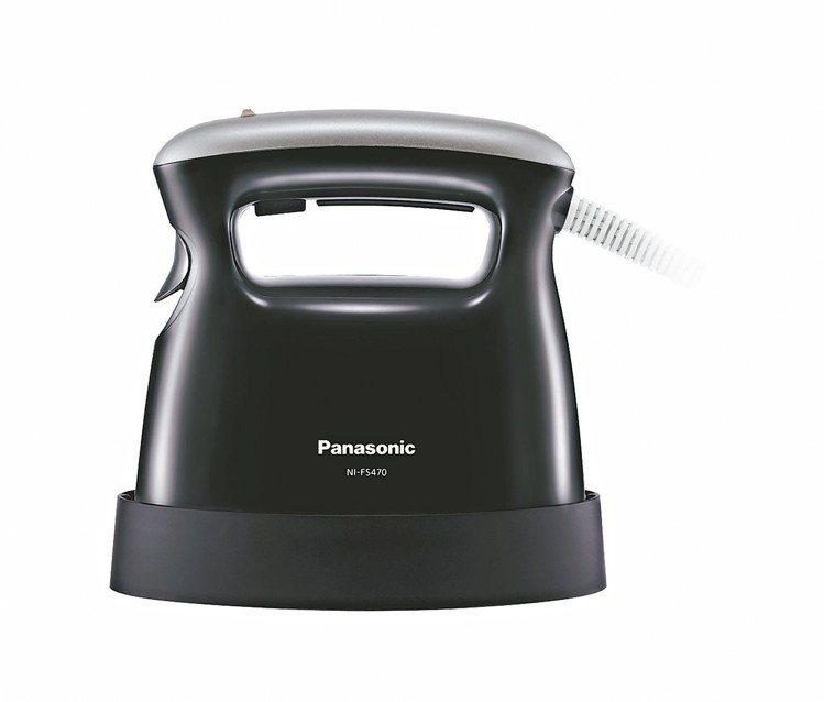 Panasonic NI-FS470蒸氣電熨斗,建議售價2,990元。 圖/Pa...