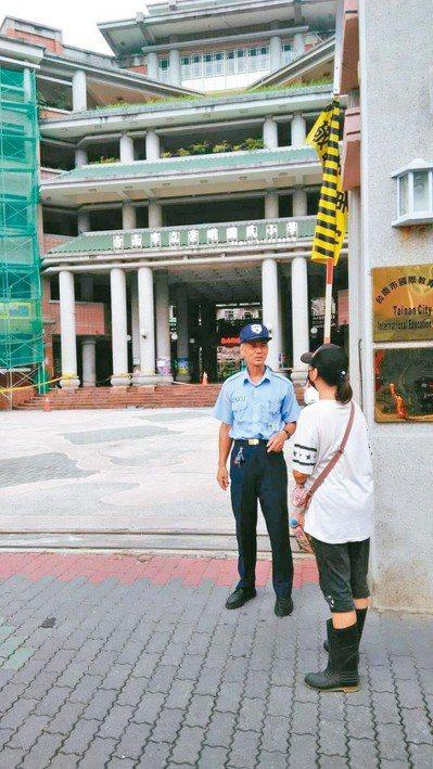 許多國中小學校沒有駐警,校園安全受到影響。 記者修瑞瑩/攝影