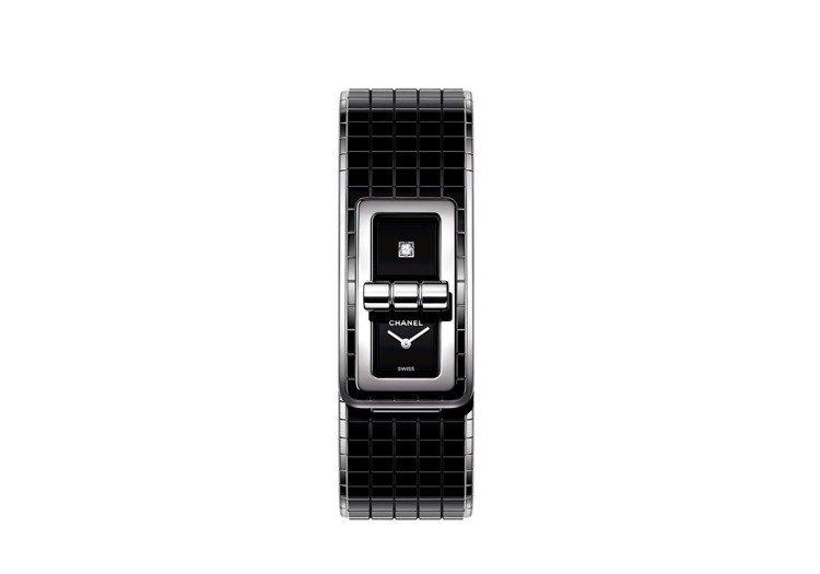 CODE COCO腕表,38.1 x 21.5 毫米精鋼表殼、表圈,黑色漆面表盤...