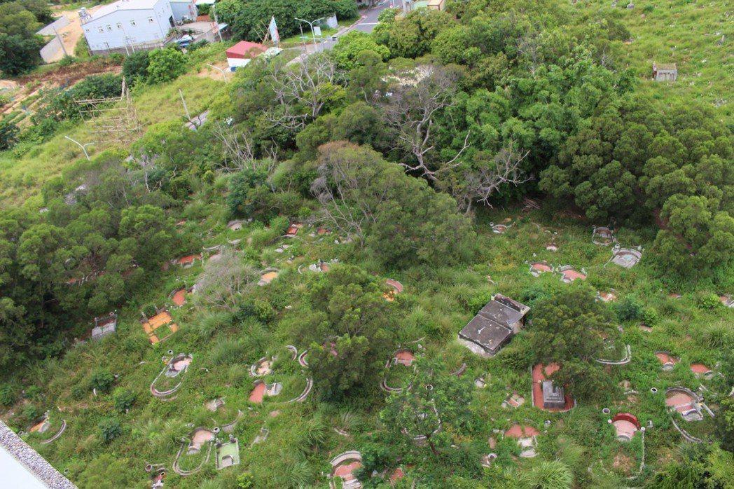 清華大學南校區墓地。 記者張雅婷/攝影