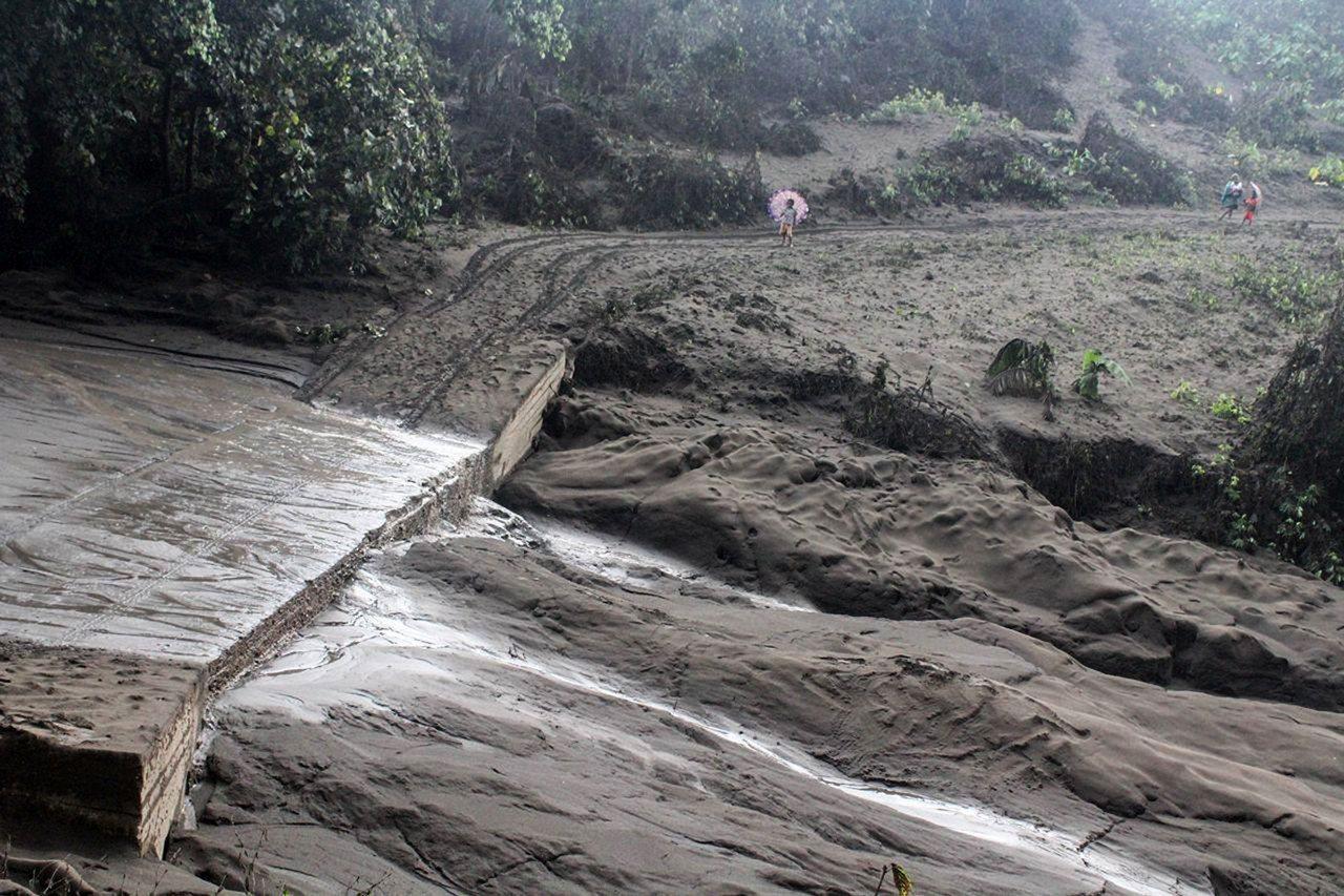 馬納洛火山(Mount Manaro)去年9月開始一連串噴發。 歐新社