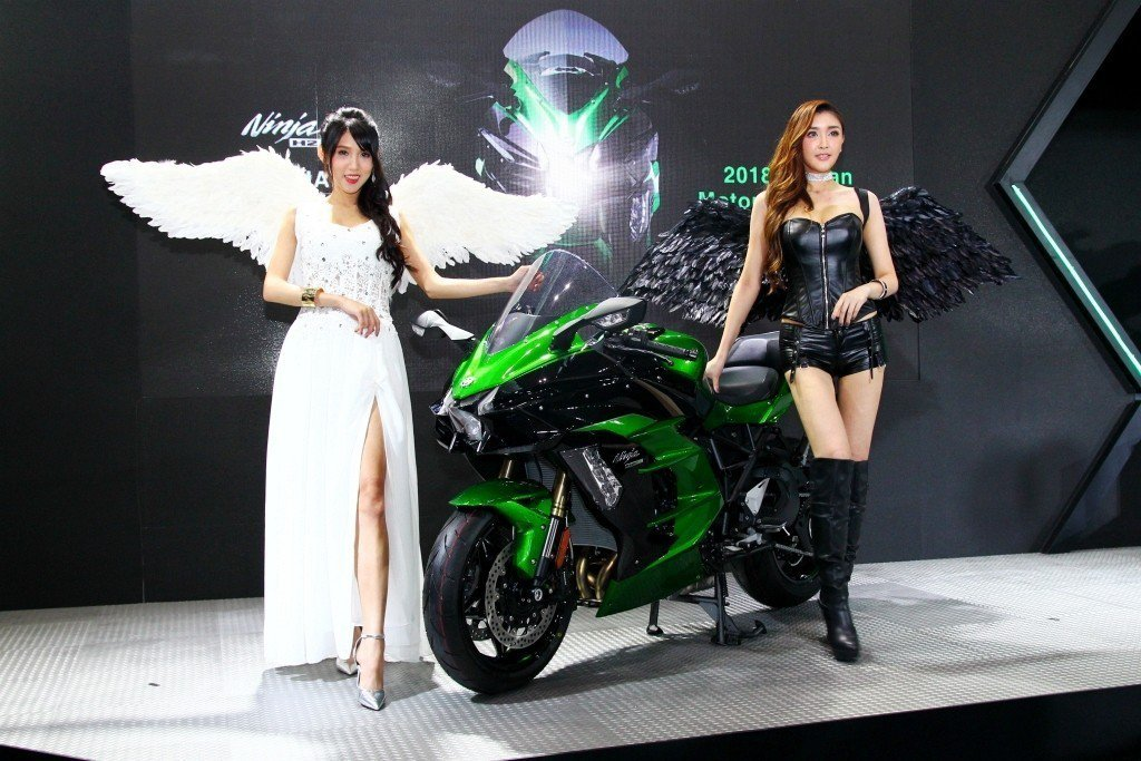 Kawasaki在台首度曝光Ninja H2 SX性能跑車,擁有200ps最大馬力輸出。 記者張振群/攝影