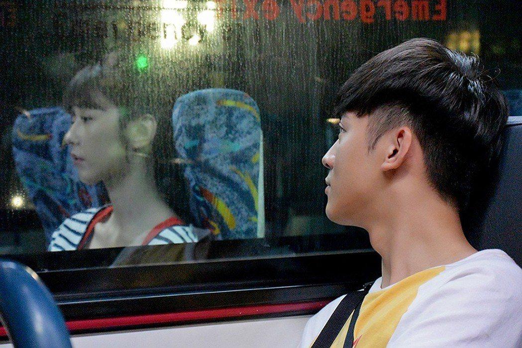 小樂吳思賢在戲中守護邵雨薇。圖/東森提供