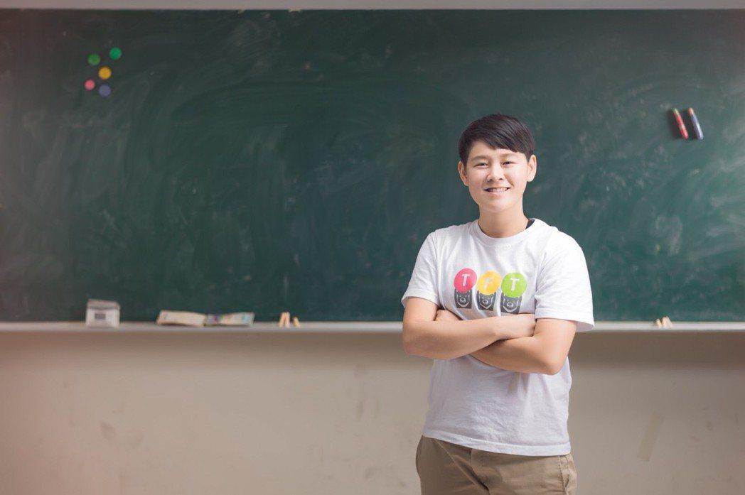 TFT青年教師宋琬榕留在偏鄉小學擔任行政職位,成為學校發展的舵手。圖/TFT提供...