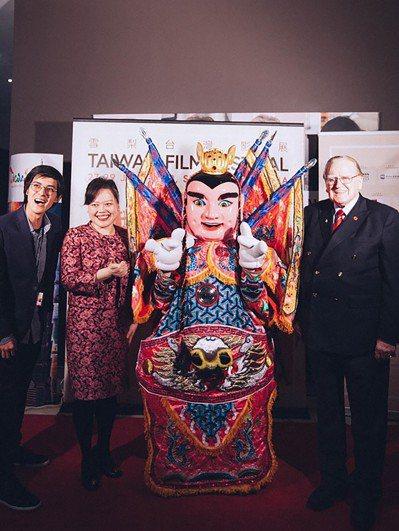 第一屆「雪梨台灣影展」27日在雪梨市登場,台灣電影吸引澳洲民眾及僑胞踴躍觀賞。(